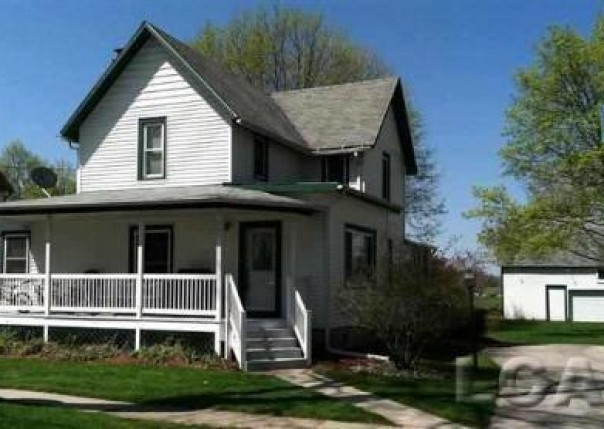 260 S Maple Onsted, MI 49265 by Irish Hills Realty $107,500