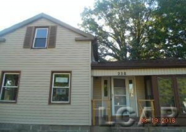 238 COMSTOCK Adrian, MI 49221 by Success Realtors Adrian $18,000