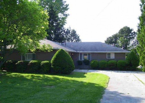 6343 GRANDVIEW Erie, MI 48133 by Welles Bowen Gio Realty Inc. $114,900