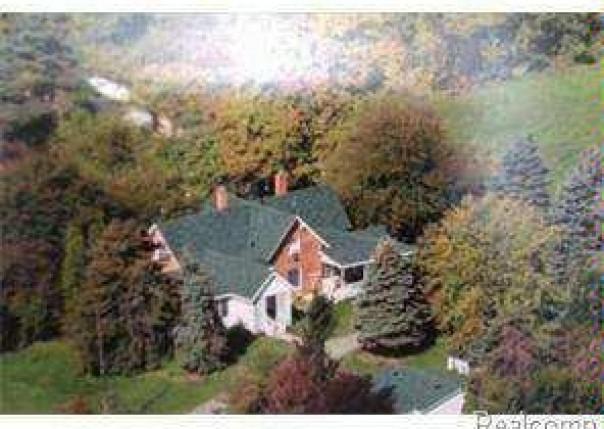 5889 NEWBURG Carleton, MI 48117 by Howard Hanna $125,000