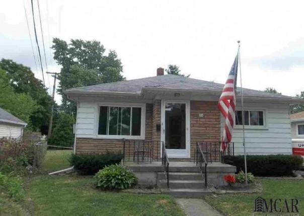 615 WOLVERINE Monroe, MI 48161 by Gerweck Real Estate $94,900