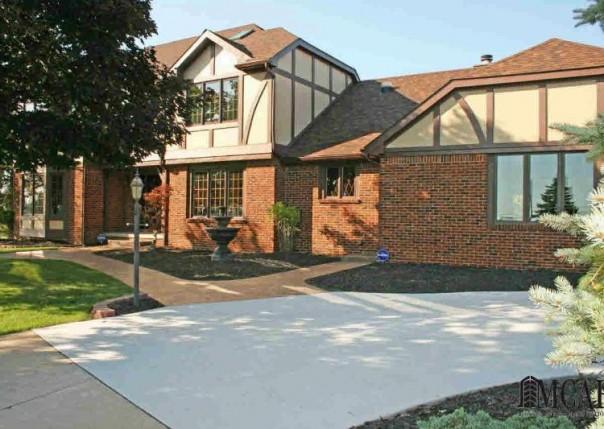 3700 E DUNBAR RD Monroe, MI 48161 by Gerweck Real Estate $479,900
