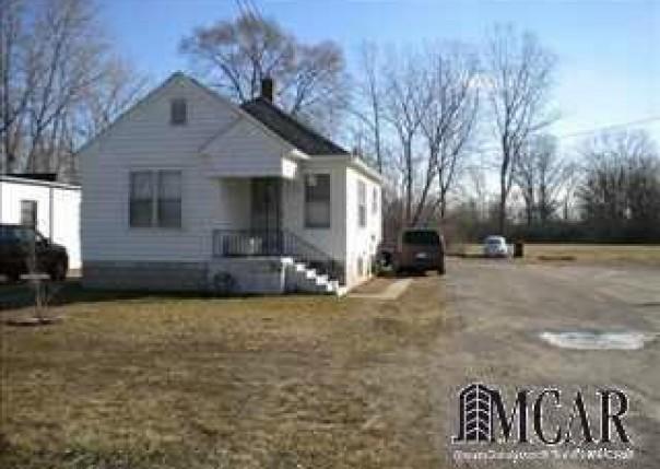 2710 N MONROE ST Monroe, MI 48162 by Coldwell Banker Haynes R.e. $79,000