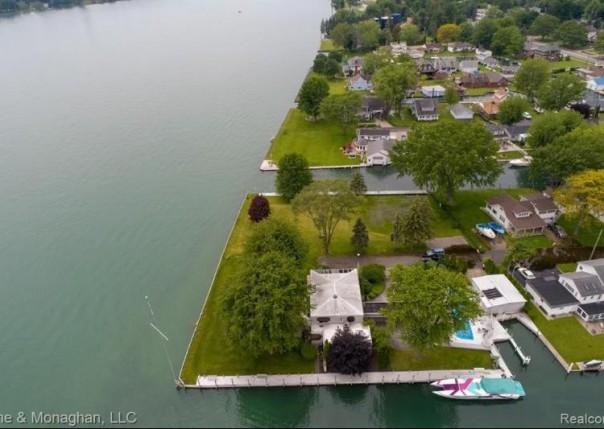 100 Lockhaven Ln, Algonac, MI, 48001