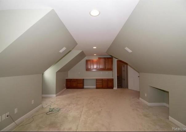 28690 Wintergreen, Farmington Hills, MI, 48331