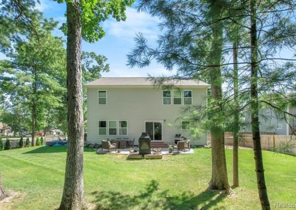 14415 Manor Rd, Grand Haven, MI, 49417