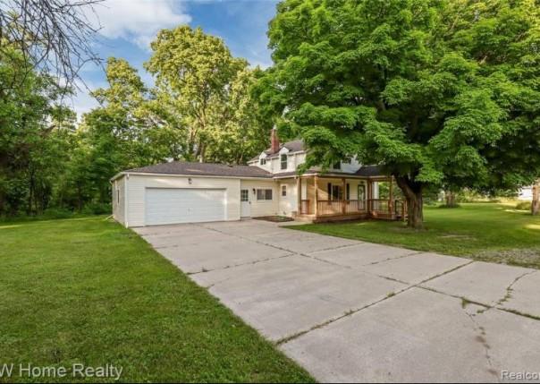 39420 Utica, Sterling Heights, MI, 48313