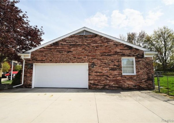 18300 Mulberry, Riverview, MI, 48193