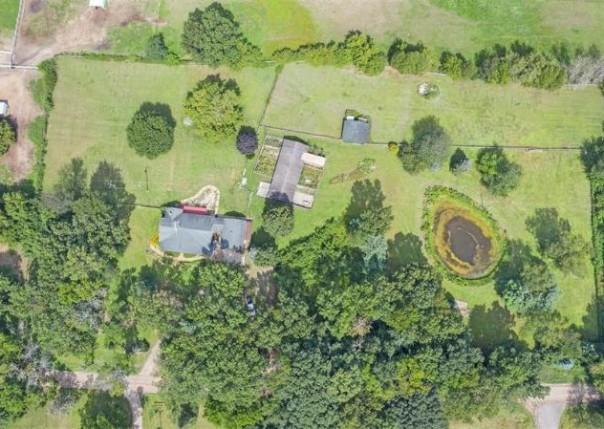 4611 Brophy, Howell, MI, 48855