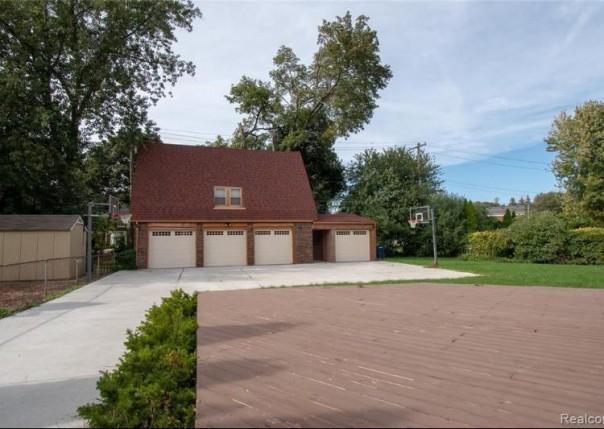 775 Berkshire, Grosse Pointe Park, MI, 48230
