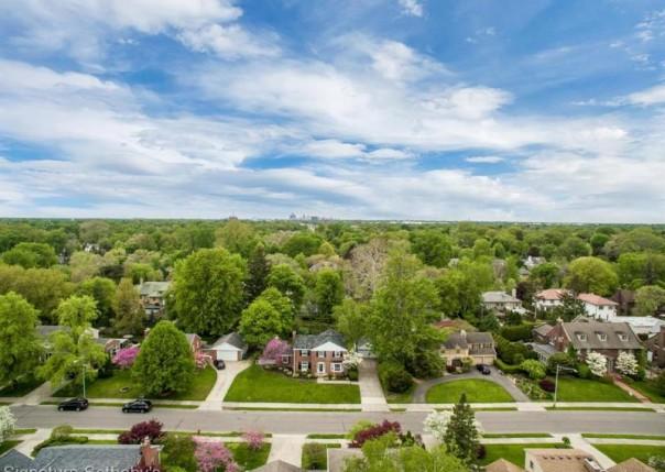 1015 Bedford, Grosse Pointe Park, MI, 48230