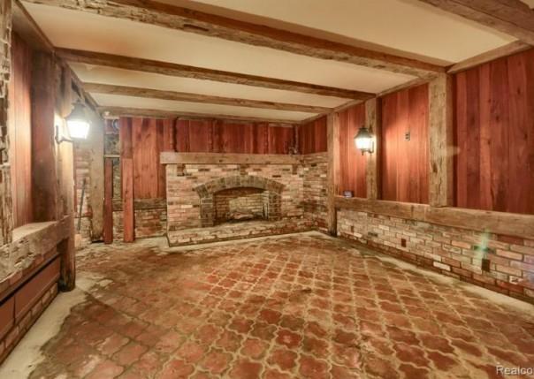 1608 Peppermill, Lapeer, MI, 48446