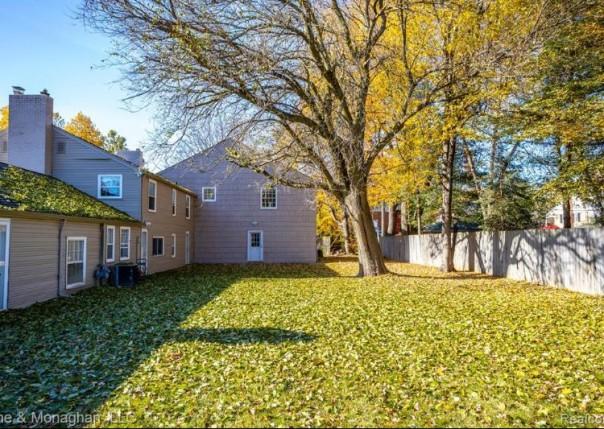 16355 E Jefferson, Grosse Pointe Park, MI, 48230