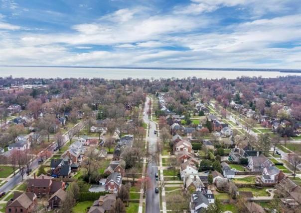 1122 Bishop, Grosse Pointe Park, MI, 48230