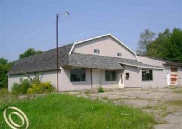6055 N Genesee Genesee Township, MI 48506 by Remax Real Estate Team $79,900