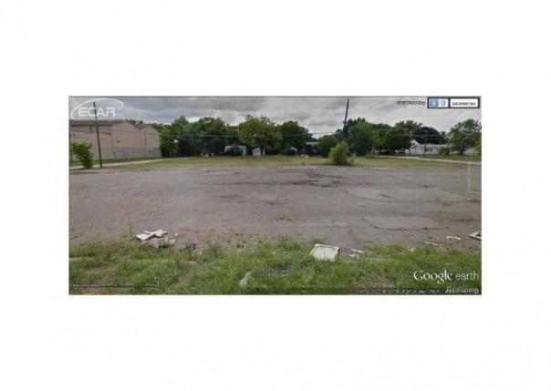 1001 N Dort Hwy Flint, MI 48506 by American Associates Inc. $39,900