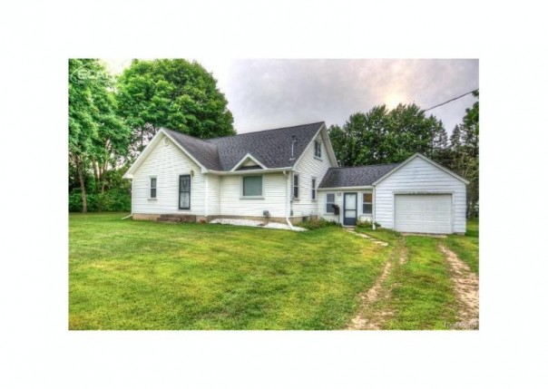 512 S Mckinley Rd,  Flushing, MI 48433 by Berkshire Hathaway Homeservices Michigan Real Esta $116,000