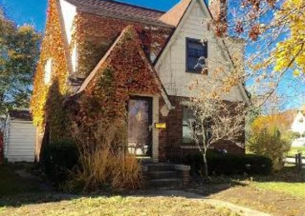 1502  Irene Ave,  Flint, MI 48503 by Remax Platinum Fenton $975