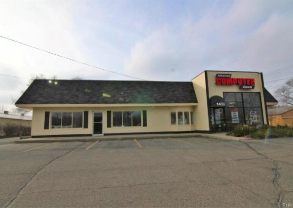 1459 N Leroy        Suite B St,  Fenton, MI 48430 by Real Living Tremaine Real Estate.com $2,000