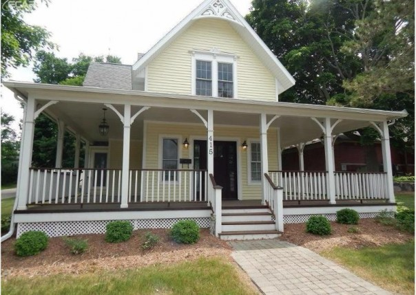 415 W Main St Flushing, MI 48433 by Remax Town & Country $235,000