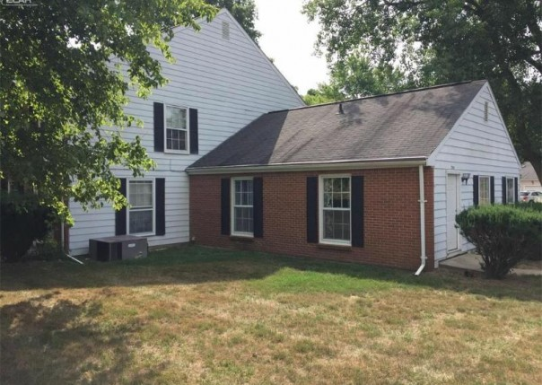 2196  Painted Post Dr,  Flushing, MI 48433 by Remax Town & Country $34,900