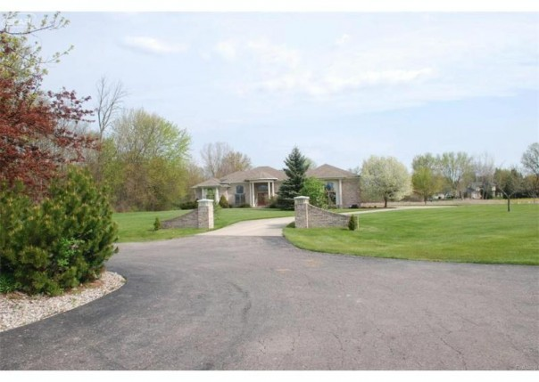 2234  White Eagle Pass,  Swartz Creek, MI 48473 by Banacki Properties $379,900