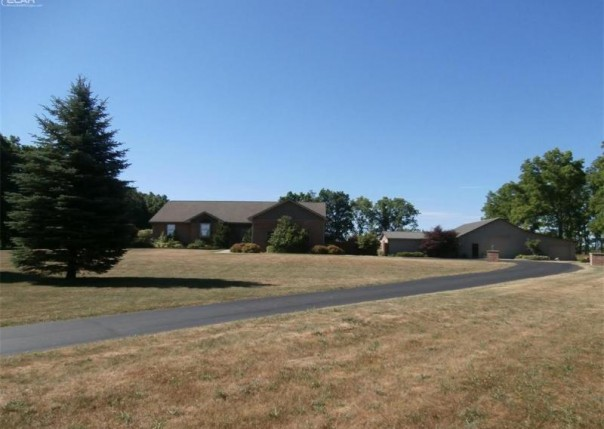 1337 W Hibbard Rd,  Owosso, MI 48867 by The Home Office Realty Llc $369,900
