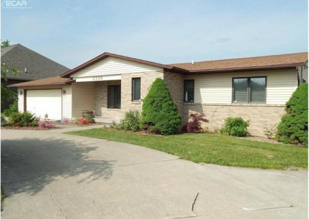 3309  Luce Rd,  Flushing, MI 48433 by Remax Town & Country $1,250
