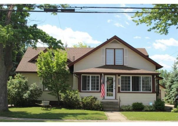 8073  Ingalls St,  Swartz Creek, MI 48473 by Banacki Properties $145,000