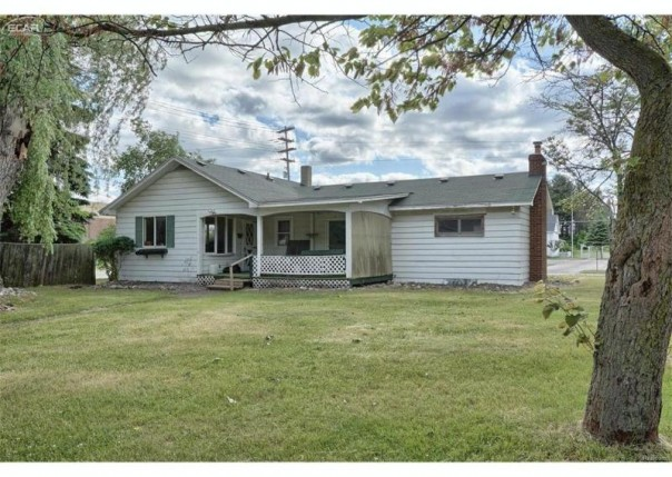 7398 N Genesee Road Genesee Township, MI 48437 by Remax Real Estate Team $200,000