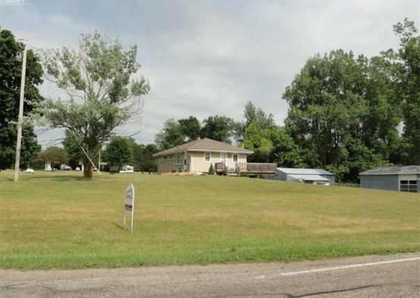 10411  Bennington Rd,  Laingsburg, MI 48848 by Burrell Real Estate $119,900