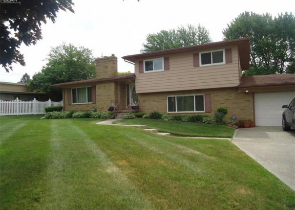 1168  Carter Dr,  Flint, MI 48532 by Piper Realty Company $118,900