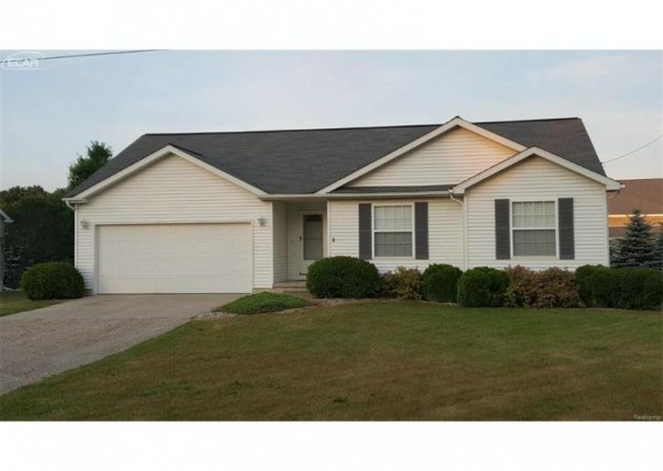 8066 Morrish Road Flushing, MI 48433 by Ideal Homes And Realty $139,900