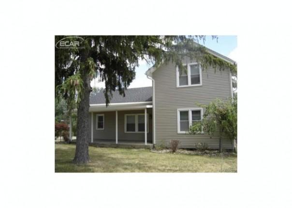 4184 Beecher Road Flint, MI 48532 by Remax Select $104,900
