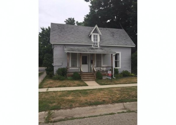 309  Elm St,  Flushing, MI 48433 by Keller Williams Realty $37,900