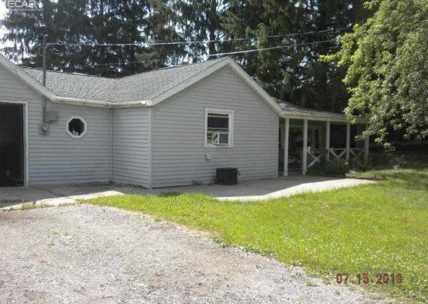 5835  Fort Rd,  Saginaw, MI 48601 by Area Wide Real Estate $66,900