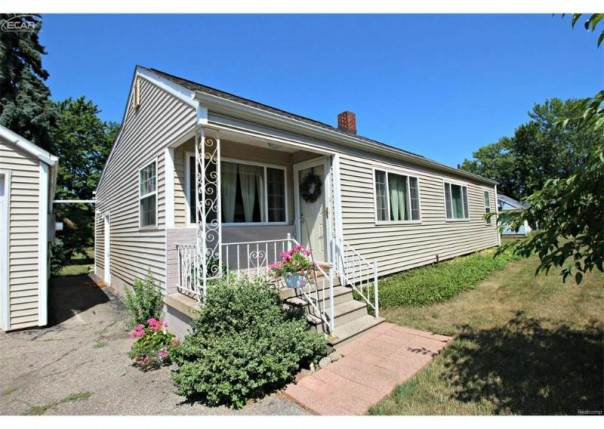 1424 Conway Street Flint, MI 48532 by Lucy Ham Group Inc $164,900