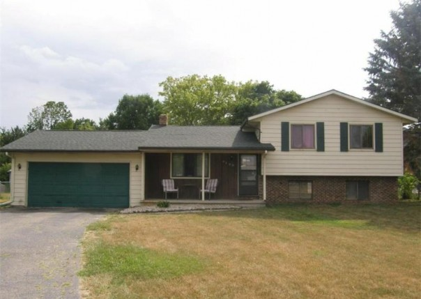 9499  Orchard St,  New Lothrop, MI 48460 by Remax Tri County $89,500