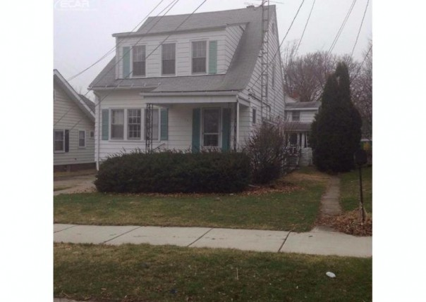 1124  Boston Ave,  Flint, MI 48503 by Real Living Tremaine Real Estate.com $550