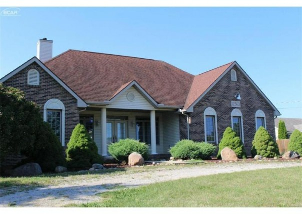 12363 W Mount Morris Road Flushing, MI 48433 by Remax Right Choice $219,900