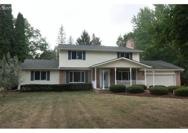 5313  Briarcrest Dr,  Flint, MI 48532 by Real Living Tremaine Real Estate.com $147,900