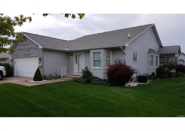 4396  Springbrook Dr,  Swartz Creek, MI 48473 by Changingstreets.com $149,900