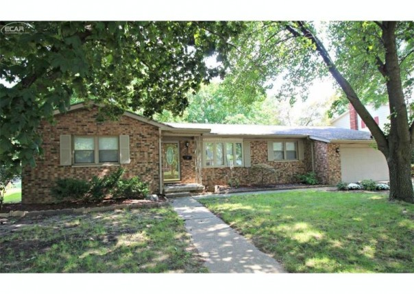 424  Leland St,  Flushing, MI 48433 by Lucy Ham Group Inc $134,900