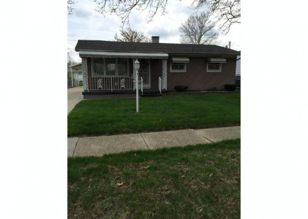 819 W Alma Ave,  Flint, MI 48505 by Mary Taylor Realty $37,900