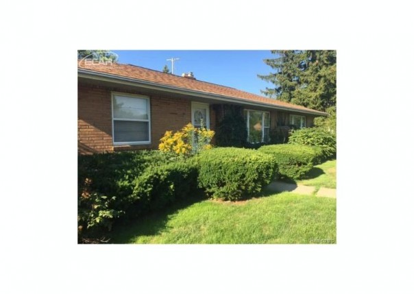 1802  Cambridge Ave,  Flint, MI 48503 by Remax Town & Country $82,900