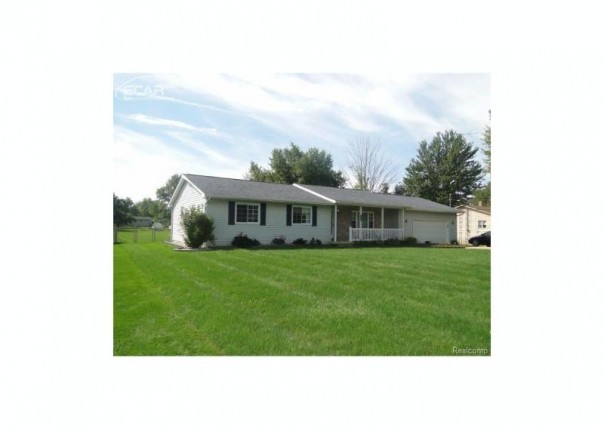 6238 Finch Lane Flint, MI 48506 by Remax Right Choice $151,900