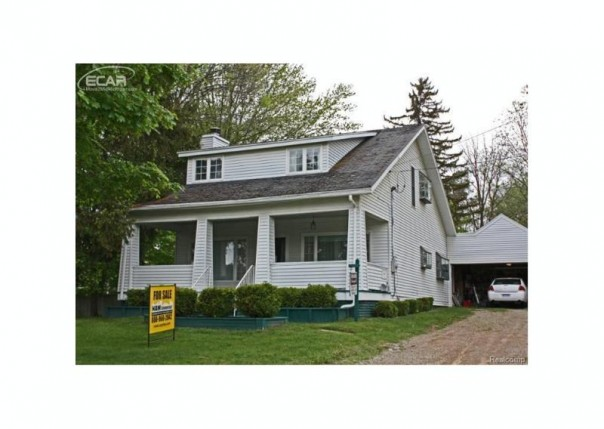 715 E Main St,  Flushing, MI 48433 by Lucy Ham Group Inc $950