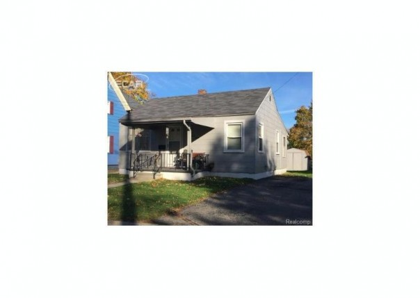 312 W Ridge St,  Owosso, MI 48867 by The Home Office Realty Llc $35,000