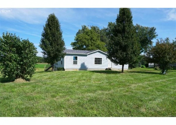 7145 E Cole Rd,  Bancroft, MI 48414 by The Drury Group $72,900