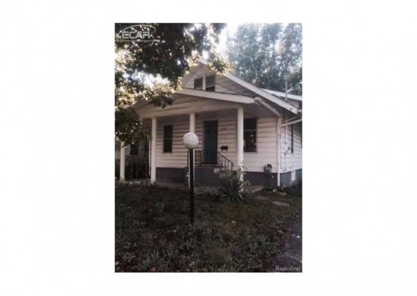 1378 Cleveland Avenue Flint, MI 48503 by Century 21 Woodland Realty $9,900